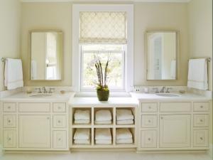 24-charlotte-interior-designer-master-bathroom-301-custom