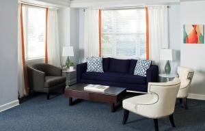 4-charlotte-interior-designer-commericial-office-804-custom