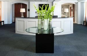 5-charlotte-interior-designer-commercial-office-805-custom