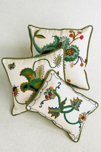 1233874965CrewelworkPillows_PRINT
