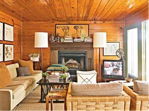 Cottage-Living-Credit-Dominique-Vonllion