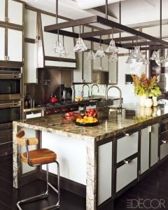 Gambrel-kitchen
