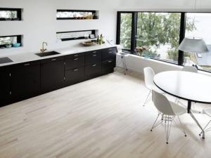 blond-flooring