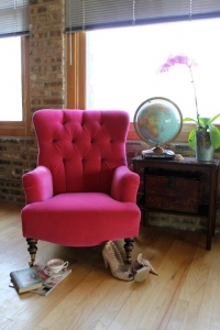 lady-chair-pink