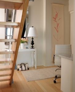light-flooring-in-loft-space