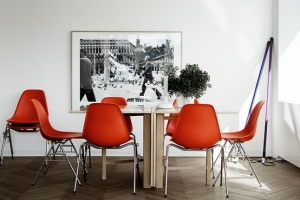 modern-space-with-orange-chairs