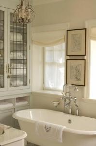 open-concept-in-washroom