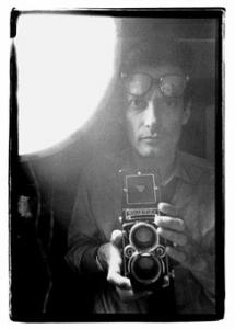 richard_avedon_richard_avedon_self-portrait_new_york_city_vers_1963_d5379387h