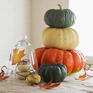 stacked-pumpkins