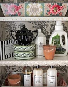 wallpaper-laundry-room