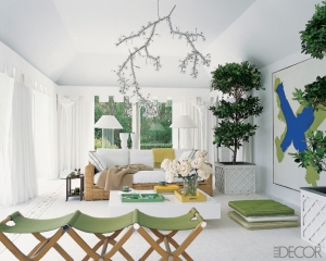 white-room-green